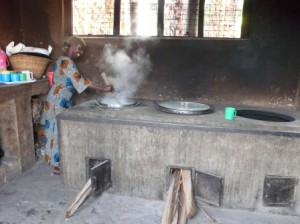 Kitchen and fuel-saving stove at Kakunyu
